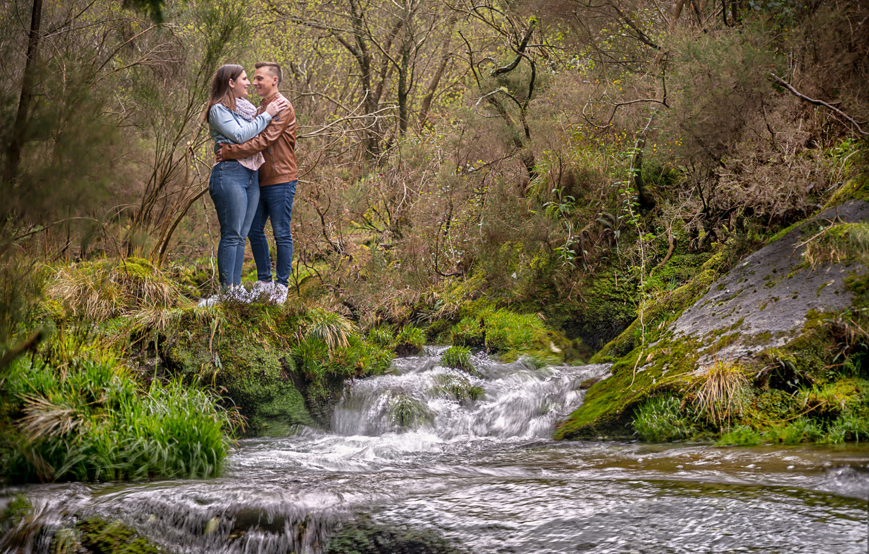 Noémie e Cristiano na cascata