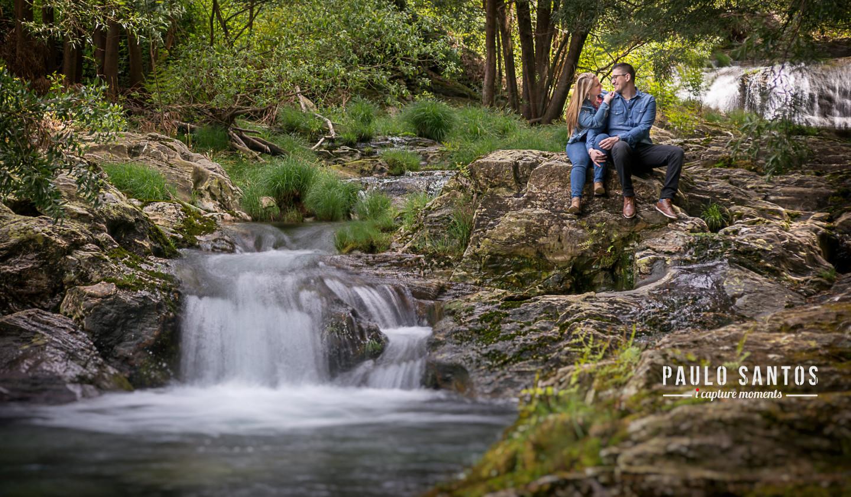 Stéphanie e David na cascata